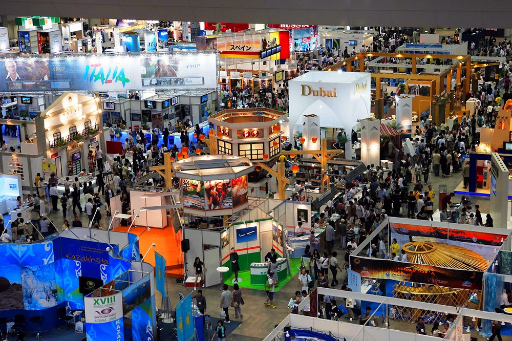 Taking A Tradeshow Booth From Drab To Fab